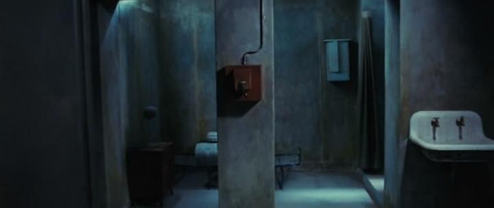 Бункер (2011) | La cara oculta